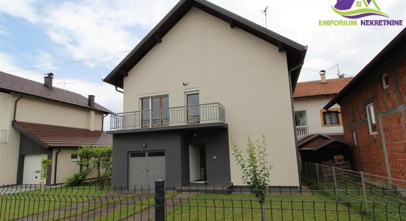 Polunamješten sprat kuće površine 90m2! ID 245/ENI